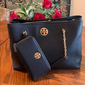 Tory Burch tote and wallet 🔥